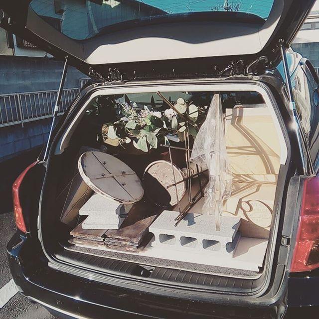 今年最後のお仕事です!寒いけど、頑張ってまいります。 #ウエディング#会場装飾#プレ花嫁