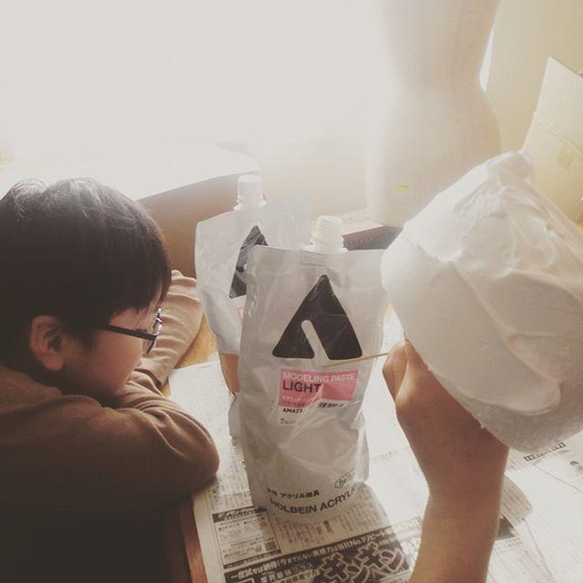 ダミーケーキ制作。スチロールに、油絵などに使用するモデリングペーストをクリームの代わりにしてケーキを作ります。本物そっくりにできますよー。会場装飾はお任せください。 #ラブーシュカウエディング #ウエディングプランナー #群馬 #軽井沢 #ガーデンウエディング #高崎 #前橋 #伊勢崎 #桐生#コンセプトウエディング #花嫁 #プレ花嫁 #wedding #weddingdress #bride #結婚式 #オリジナルウエディング #会場装飾 #手作りアイテム #ウェディング #結婚式準備 #花嫁 #卒花 #ウエディングドレス #ウェディングドレス #ロケーションフォト #ゼクシィ #loveshka
