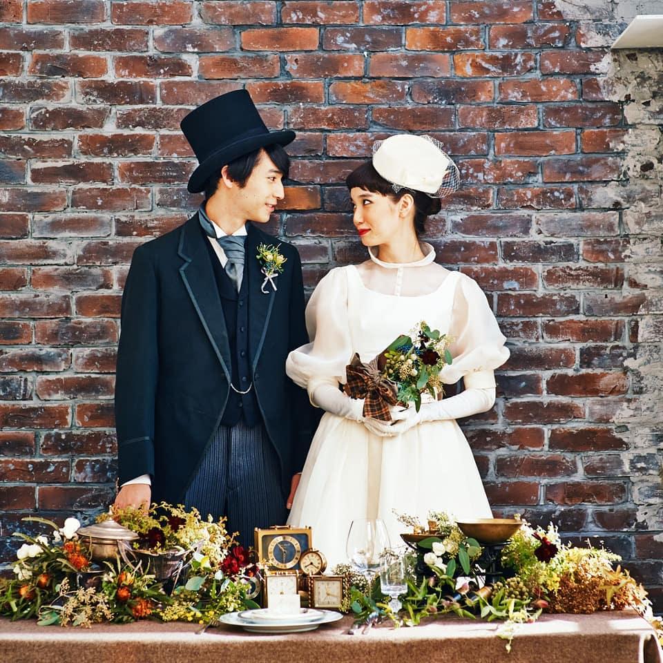シャーロックホームズを裏テーマにして作った「クラシック」というタイトルのコーデ #シャーロックホームズ#クラシック#ヘップバーン#フォトプロップス#wedding#判治ミホ#スタイリング#スタイリスト#ウエディング#会場装飾