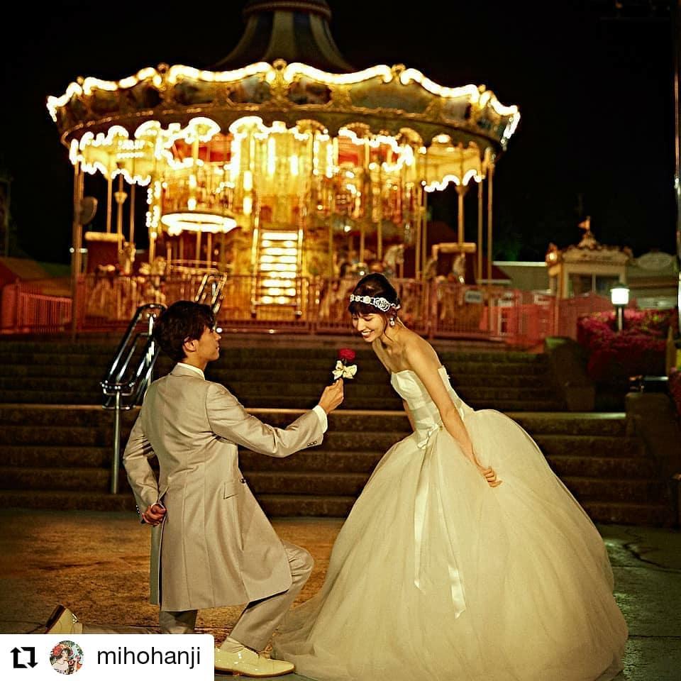 遊園地でプロポーズ、#Repost @mihohanji• • • • • •遊園地で夜のパーティシーンを作ったときの。#遊園地#メリーゴーランド#プロポーズ#wedding#判治ミホ#スタイリング#スタイリスト#ウエディング#会場装飾