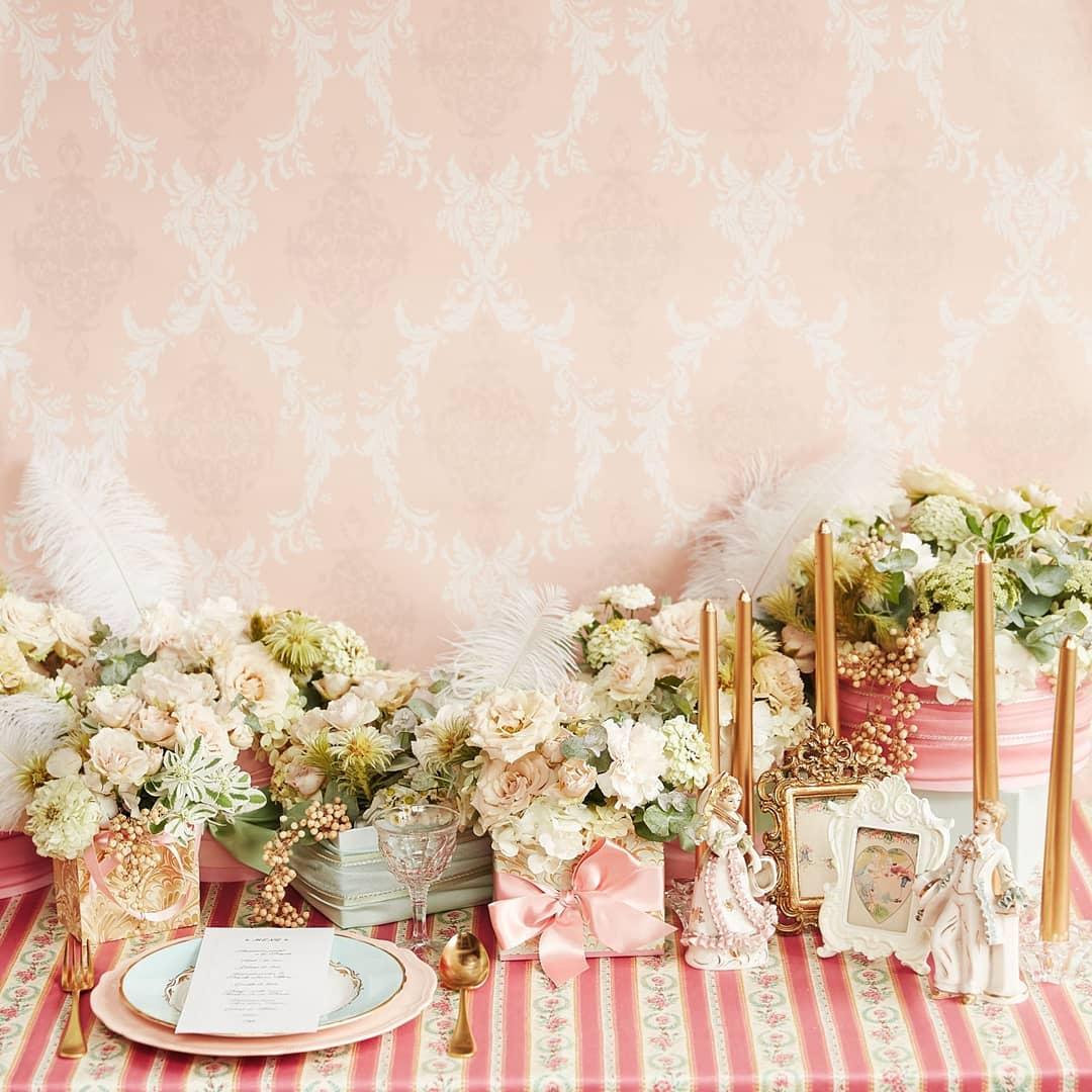 ピンクなテーブルコーデ3種、作りました。マリーアントワネットがテーマのときに色々作ったショープレのコーデ#マリー・アントワネット#テーブルコーデ#ピンク#アンティーク#wedding#プレ花嫁#判治ミホ#スタイリング#スタイリスト#ウエディング#会場装飾